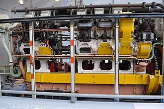 English Electric diesel engines - Cutaway 12SVT in a Queensland Railways 1250 class at the Workshops Rail Museum