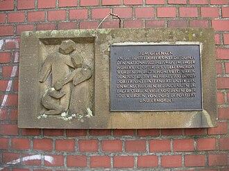 Sinti - Image: Düsseldorf Lierenfeld Gedenktafel