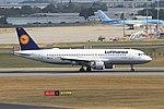D-AIQH A320 Lufthansa BHX 14-07-18 (30429880488).jpg