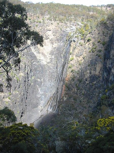 File:Dangar Gorge.JPG