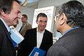 Danmarks stasminister Anders Fogh Rasmussen talar med Professor Jagdish N. Bhagwati fran Columbia University och Quentin Peel, ledarskribent pa Financial Times pa globaliseringsmotet i Riksgransen 2008-08-09.jpg