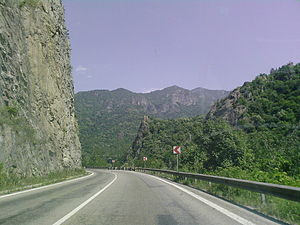 Olt Defile - The E81 road going through the Olt Defile