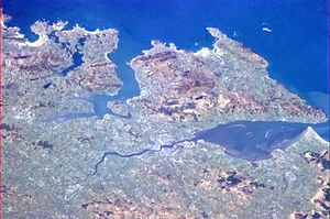 Lough Foyle - Seen from Space: Derry with the Ulster coastline with Lough Swilly west and Lough Foyle east of the city and the Inishowen.