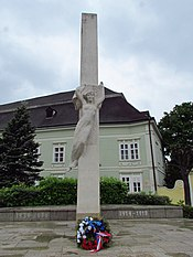 Detail of World War I and II victim memorial in Moravské Budějovice, Třebíč District.JPG