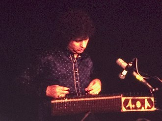 Wonderwall Music - Shivkumar Sharma performing on santoor, an instrument he pioneered in Indian classical music