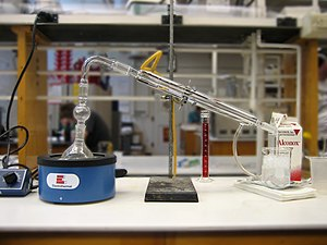 Residue (chemistry) - Distillation apparatus