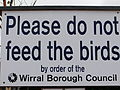 Do not feed the birds sign at New Brighton model boating lake - DSCF1101.JPG