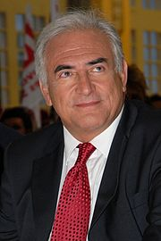 Dominique Strauss-Kahn - Strauss-Kahn meeting in Toulouse for the 2007 French presidential election 0032 2007-04-13 cropped.jpg