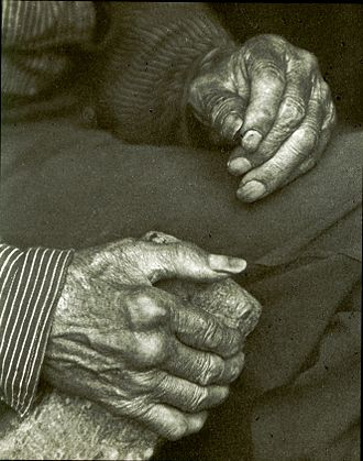 Monochrome photography - Doris Ulmann's Laborer's hands