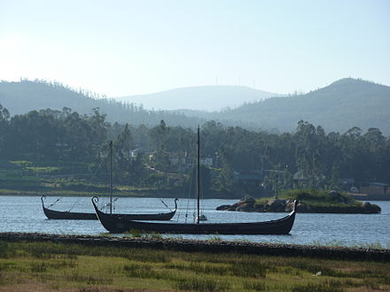 Modern replicas of Viking ships by the castle of Torres de Oeste, Catoira Dragon ships in Catoira.JPG