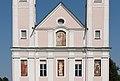 Ebenthal Pfarrkirche Maria Hilf West-Fassade 13082015 6596.jpg