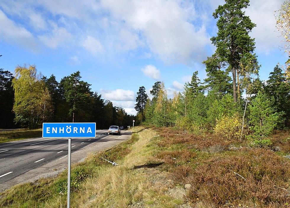 Nyinflyttade p Nora 6, Enhrna | unam.net