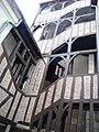 Escalier-galerie 16 rue étienne Marcel.jpg