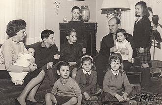 Eugenio Cruz Vargas - Eugenio Cruz Vargas and family in 1965