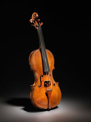 Andrea Amati - Ex-Kurtz violin at the Metropolitan Museum of Arts (ca. 1560).