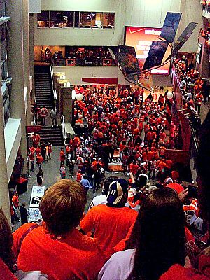 Wells Fargo Center (Philadelphia) - Flyers fans leaving Wells Fargo Center after Playoff Game in 2010.