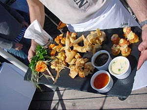 Finger food - Finger foods being served