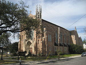 Claiborne Avenue - First Presbyterian Church, Claiborne Avenue at Jefferson