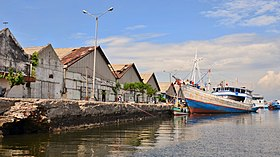 Fishing boats, Probolinggo, 2016 (01).jpg