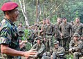 Flickr - Official U.S. Navy Imagery - U.S. Marines and Malaysian soldiers listen to advice given by the commander of the 10 Paratrooper Brigade of the Malaysian army..jpg
