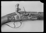 Flintlåspistol, möjligen fransk ca 1650, pipan stämplad: COLAS (?, Ezechias Colas, Sedan?) - Livrustkammaren - 9037.tif