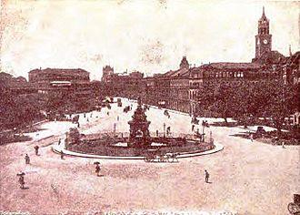 Flora Fountain - Photograph of Flora Fountain taken prior to 1904