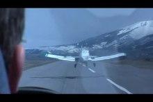 Plik: Flugzeug Schlepp.webm