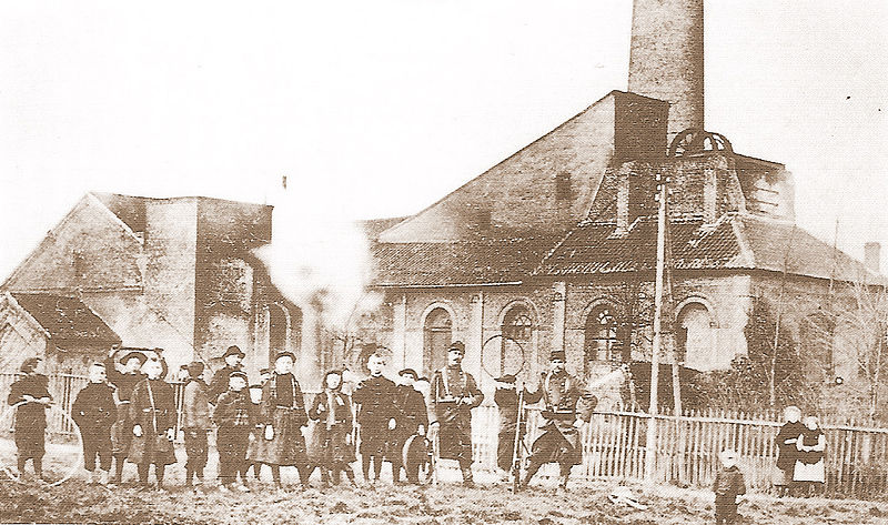 File:Fosse La Pensée vers 1906.jpg