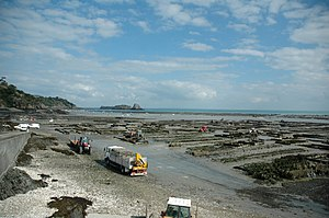 Oyster farming - Harvesting oysters from the pier at Cancale, Brittany, France 2005