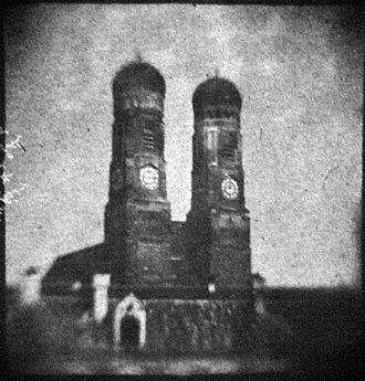 Wolfgang Franz von Kobell - Early daguerreotypie of Munich Frauenkirche, 1839
