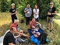 Freiwillige bei der Pause im Park Babelsberg02.jpg