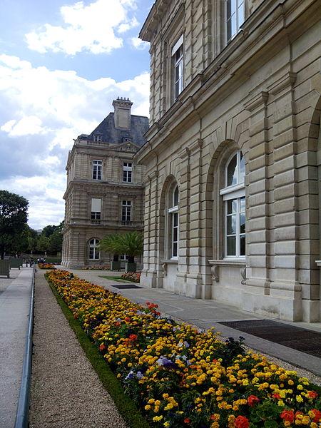 File frente del palacio del jard n de luxemburgo par s for Jardines de luxemburgo paris