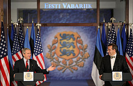 President Toomas Hendrik Ilves and President George W. Bush, in Estonia 2006.