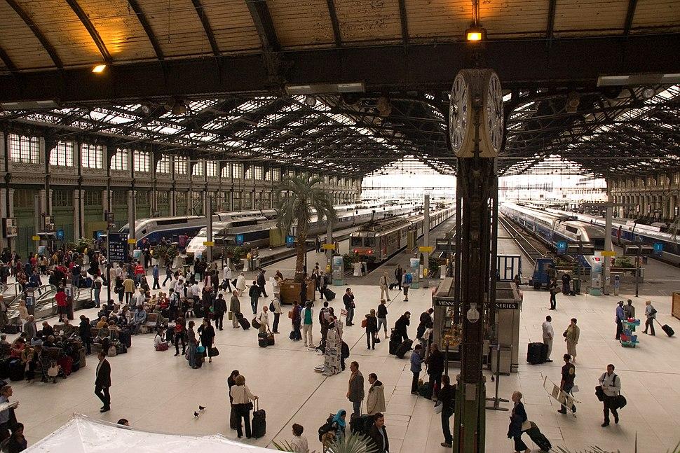 Gare de Lyon xCRW 1306