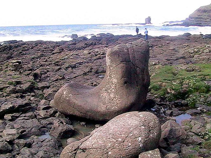 File:Giants boot Dec2004 SeanMcClean.jpg