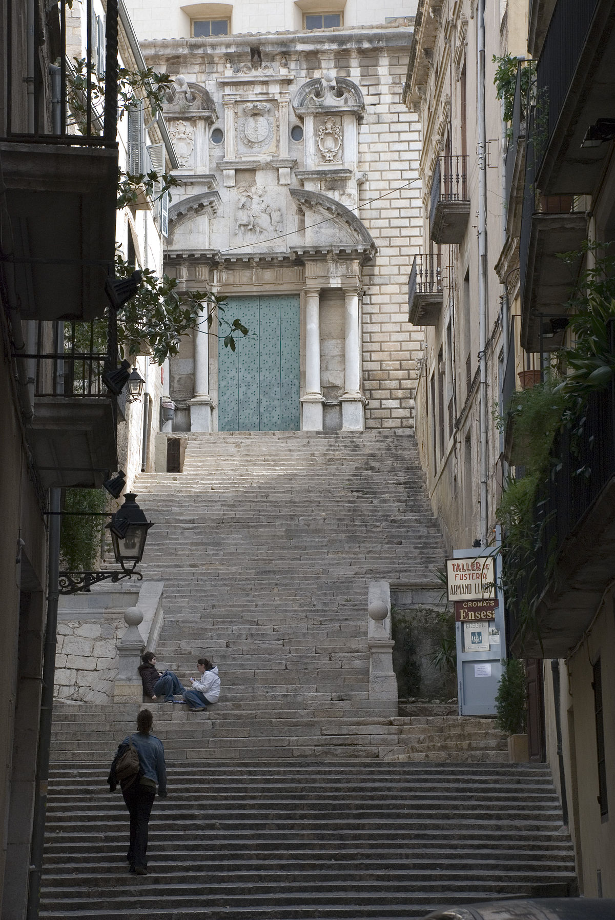 Escalinata de sant mart viquip dia l 39 enciclop dia lliure for Oficina habitatge sant marti