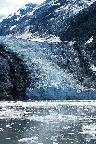 Ice calving - Glacier Bay, glacier calving