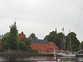 Fil:Halmstads slott, august 2018.jpg
