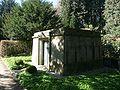 Hamburg Nienstedtener Friedhof Mausoleum3 01.jpg