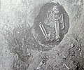 Harrington-round-grave-burial-tn1.jpg
