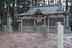 Hata suwa-shrine.JPG