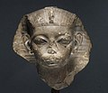 Head of a King, possibly Amememhat IV MET 08.200.2 02.jpg