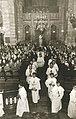 Heiligdomsvaart Maastricht (1962), reliekentoning OLV-basiliek 0c.jpg
