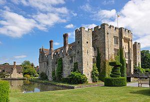 Hever Castle - Image: Hever Castle 2014 06 20 1