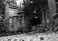 Highgate Cemetery 5.jpg