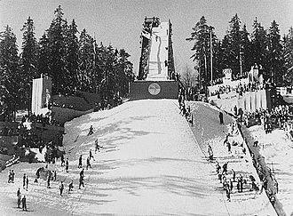 Holmenkollbakken - In-run in 1934, after the second scaffold had been erected