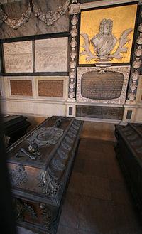 Holmens Kirke Copenhagen Juels sarcophagus.jpg
