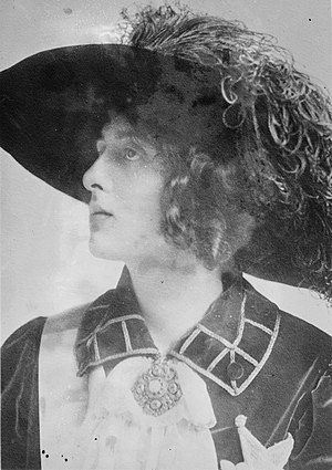 Vita Sackville-West - Sackville-West in 1913
