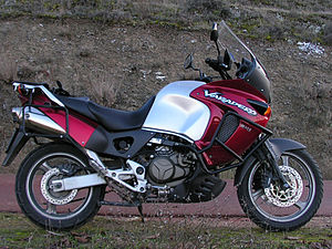 Honda XL1000V Varadero side view.jpg