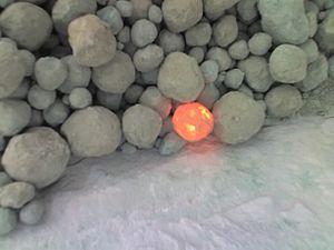 Clinker (cement) - Hot clinker